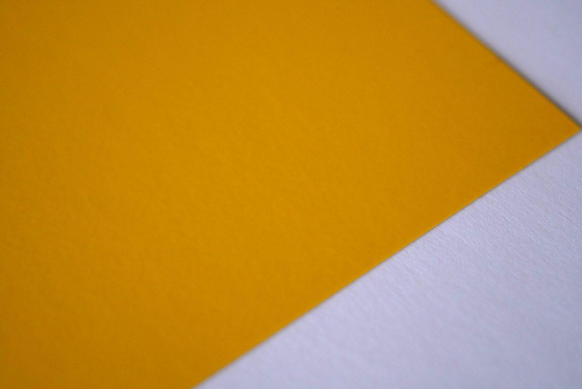 塩ビ:黄色